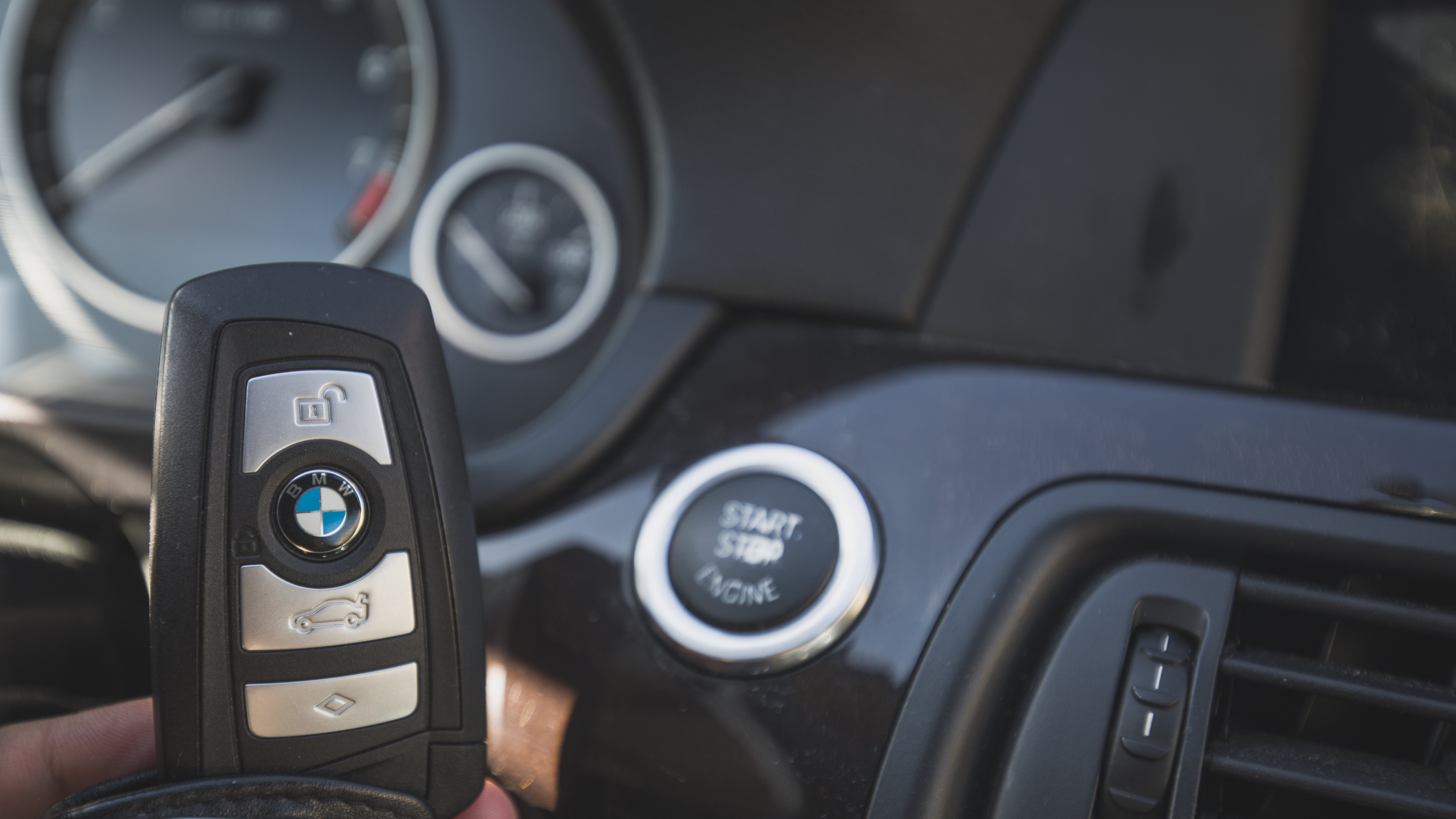 BMW Remote Central Locking fails from the Remote Fob